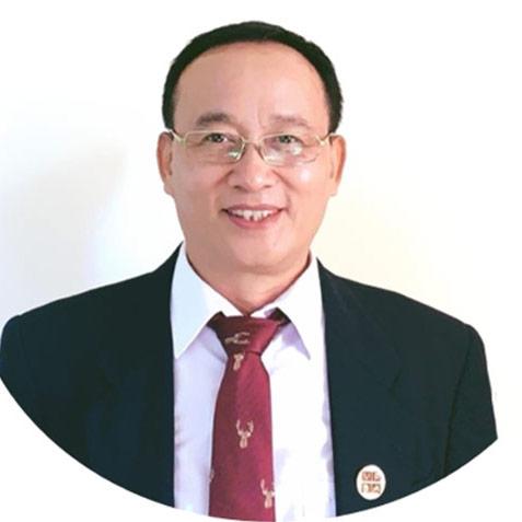 Luật sư Hùng